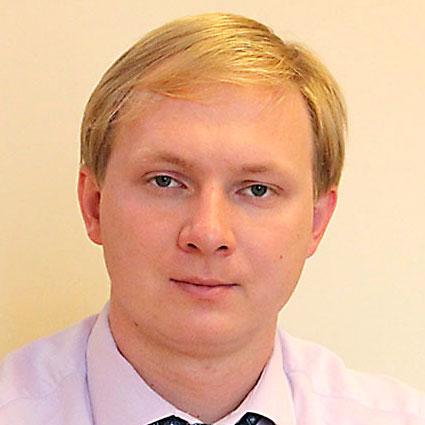 Денис Авдюшин