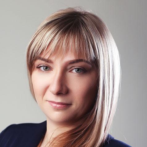 Юлия Сурина