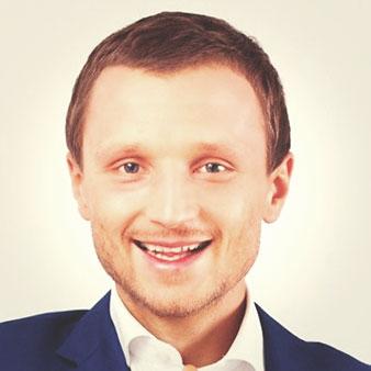Вячеслав Уваров