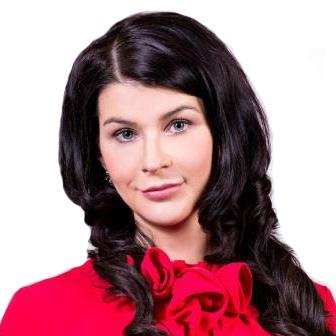 Анна Розаренова