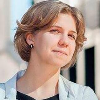 Анна Перова