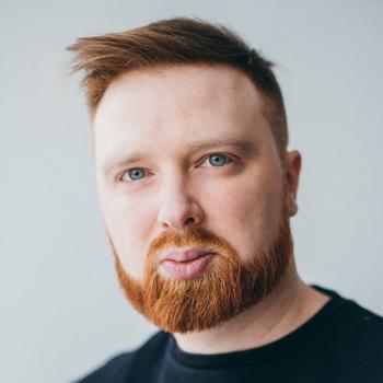 Алексей Чернобровов