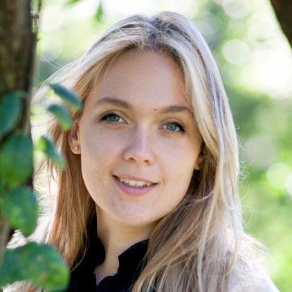 Анна Коблова