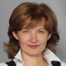 Елена Санарова